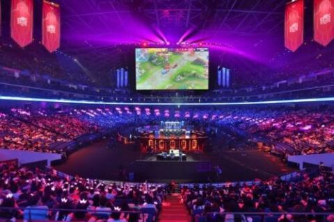 ساحات الرياضة الإلكترونية في دبي